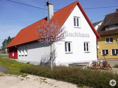 Backhaus in Heuchstetten mit Platz an der Molke